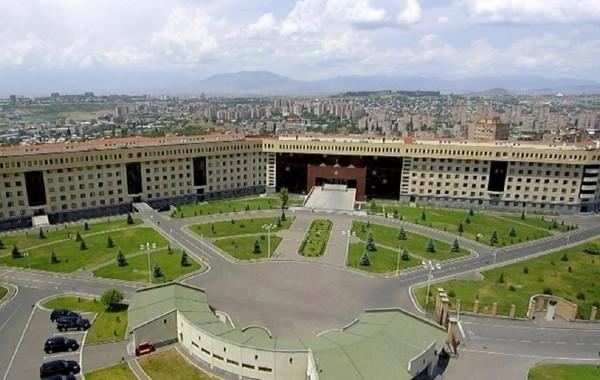 Update: Конфликт в Нагорном Карабахе: Армения ввела военное положение и объявила всеобщую мобилизацию